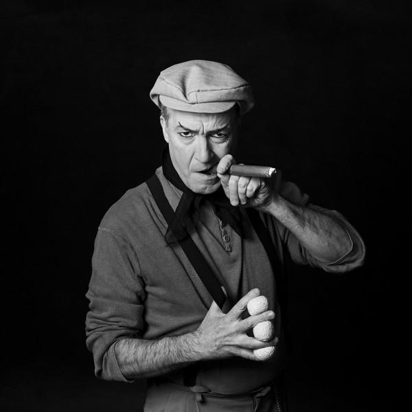 Hector Eduardo Verikas, Magician, Barcelona