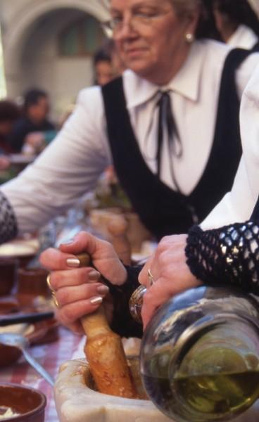 Die Zubereitung der Salsa Romesca