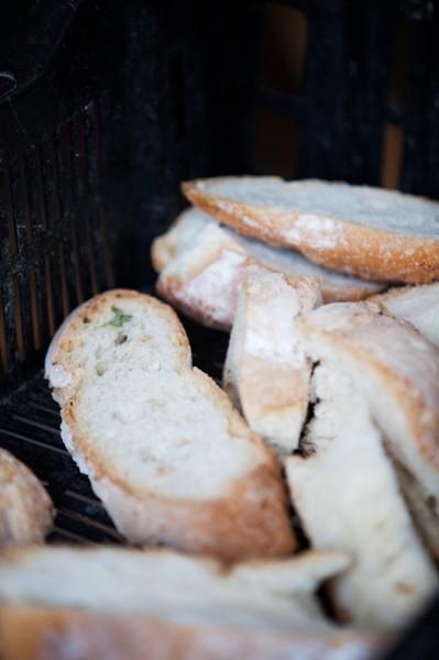 Brot bekommt Sie vom Bäcker